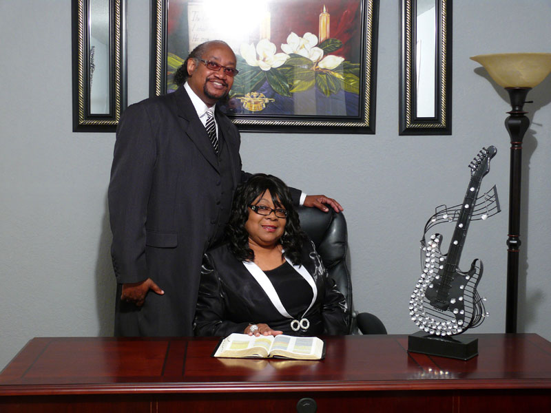 Photo of Pastor Leroy Williams, and First Lady Annie Williams